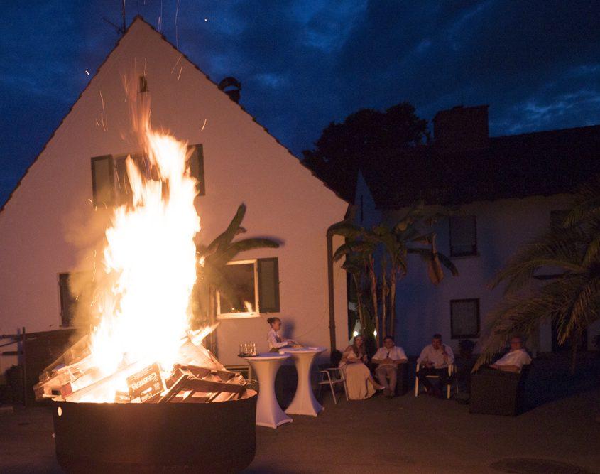 Galerie - gemütliches Feuer - Palmenhaus München
